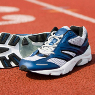 girls-track-shoes1